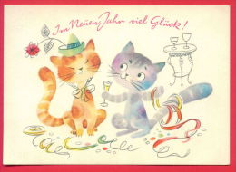 155945 /  IM NEUEN JAHR VIEL GLÜCK  - Cat Chats Katzen Gatti  -  HAT  Champagner Mit WINE   -  Germany Deutschland - New Year