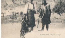 U U 132 / C P A  ALBANIE - TYPES DU PAYS - Albanie