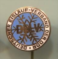 East Germany (DDR) - Figure Skating, Federation, Enamel, Vintage Pin, Badge - Patinaje Artístico