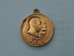 1918 - 1948 ( Gold Color Medaille ) WAR MEDAILLON ( Uncleaned - Details Zie Foto´s ) ! - Jetons & Médailles
