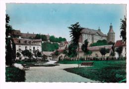 Cpsm MONTBELIARD   Le Château Et Le Square Resener ( 305 )   Carte Photo ! - Montbéliard
