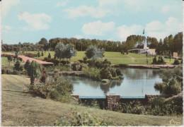 Deux  Sèvres :   CERIZAY : Le  Jardin  Public - Cerizay