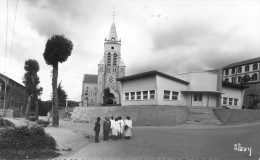 Ambositra - La Cathédrale Et Le Groupe Scolaire Européen - Madagascar