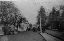 Avenue De La Gare - Bourges