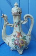 AIGUIERE En Porcelaine Italienne LE TORRI Avec Bouchon - Céramiques