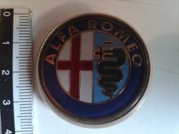 alt602 ricambi auto originali | stemma, logo , badge | Alfa Romeo old car auto vintage | diametro 40 mm