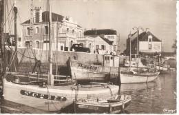 44 LE CROISIC 1955 Le Port Tabac Hôtel Pertt Uy.... - Le Croisic