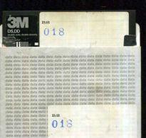 X 18 COMMODORE 64 FLOPPY CONTENUTO PREVALENTE GAMES VEDI ADATTO PER UTENTI ESPERTI - 5.25 Disks