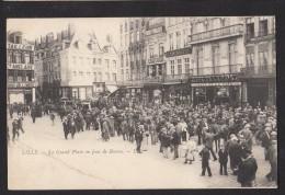 59 LILLE La Grand Place Un Jour De Bourse - Lille