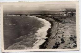 DIEPPE--La Plage Et Les Jetées Du Port,cpsm 9 X 14 N° 38 éd Artaud--belle Oblitération-cachet Dieppe - Dieppe