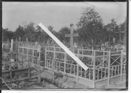 Cimetière Allemand RIR73 22/02/1915 Casque à Pointe Sur Le Moment Aisne Après La Bataille De Courgivaux Champagne 1photo - Guerra, Militari