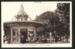 CPA La Bourboule, Place Du Jet D'Eau - La Bourboule