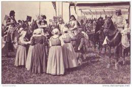 COMPIEGNE - 60 - Fêtes En L´honneur De Jeanne D´Arc 1909 - Les Dames De La Halle Présentent Leurs Hommages - Compiegne