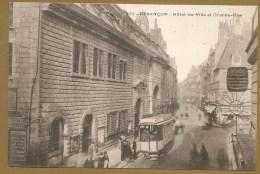 32 - BESANCON - Hôtel De Ville Et Grande-Rue - TRAMWAY - Besancon