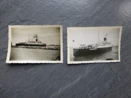 Le Paquebot VILLE D´ALGER Quittant Alger, Lot De 2 Photos 1951 ; Ref 570 PH22 - Bateaux