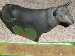Rare Flacon Bouteille En Verre Peint Taureau El Toro ANIS Del Toro Spain - Spiritueux