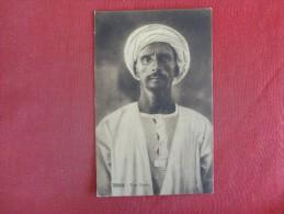 Tobruk Tipo Arabe  Ref 1591 - Afrique