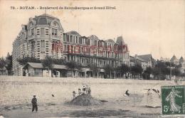17 - ROYAN  - Boulevard Saint Georges Et Le Grand Hotel - 2 Scans - Royan