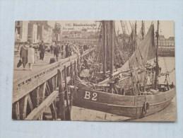 In Den Haven - Au Port ( 142 ) Boot / Sloep B2 - Anno 1933 ( Zie Foto Voor Details ) - Maasmechelen