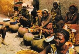 Images du Tchad - Vente de la bi�re au March� de Doher - Carte non circul�e