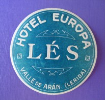 HOTEL RESIDENCIA PENSION EUROPA LES ARAN LERIDA SPAIN TAG LUGGAGE LABEL ETIQUETTE AUFKLEBER DECAL STICKER MADRID - Hotel Labels