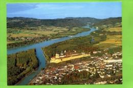 Stift MELK Flugaufnahme Im Hintergrund Eingang Der Wachau Mit Schloss Und Kloster Schönbühel - Melk