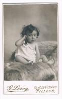 CDV Photographe G. Leroy, 75 Rue Vinave, Tilleur - Bébé Sur Peau De Bête - Antiche (ante 1900)