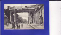 --917 ) 9)   SAINT BRIEUC  Train  Sur Le Pont Rue De Gouedie ( MICROS TRACES TAMPON Au Milieu Sinon Très Très Bon état) - Saint-Brieuc