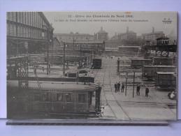 PARIS - GREVE DES CHEMINOTS DU NORD (1910) - REPRODUCTION - 12 - LA GARE DU NORD DESERTEE - Métro Parisien, Gares