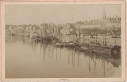 Tirage Albuminé Vintage - Carte Cabinet  - Saint-Malo, Vue De Port  - E.Oblin - Anciennes (Av. 1900)