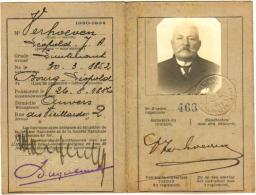 Carte D'Identité Pour Officier Pensionné - Lieutenant Verhoeven - Anvers Antwerpen - & Passport - Documents Historiques
