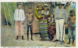 FAMILLE INDIGENA DE LA ISLA DE CARTI SANS BLAS - REP. DU PANAMA - Panama
