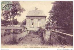 CHOISY LE ROI - 94 - Fossés De L´hôtel De Ville, Pavillon Mansard - Choisy Le Roi