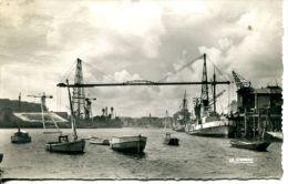 N°40824 -cpsm Nantes -le Pont Transbordeur- - Commerce