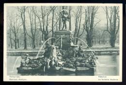 Cpa De Russie Péterhof , La Fontaine Neptune      AO47 - Russie
