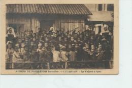 CULAOGIEN (Cambodge) : Les Enfant à Table Dans La  Mission De Pnom-Penh En 1925  (animé) PF. - Cambodia