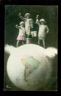 Enfants  Enfant  Wereldbol  Boule Du Monde  Landkaart - Enfants