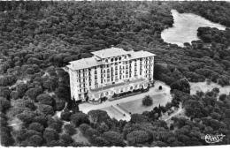 VAR 83 SAINT RAPHAEL VUE AERIENNE SUR LE GOLF HOTEL À VALESCURE - Saint-Raphaël