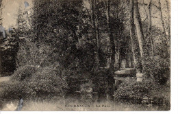 91 COURANCES Le Parc, Petite Fille - France