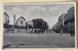 Bitonto Piazza Margherita Di Savoia E Corso Vitt. Emanuele Spedita Nel 1950 - Bitonto