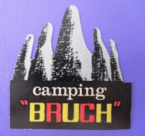 HOTEL Camping PENSION HOSTAL MOTEL CAMPING BRUCH SPAIN LUGGAGE LABEL ETIQUETTE AUFKLEBER DECAL STICKER MADRID - Hotel Labels