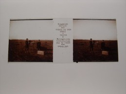Photo Plaque De Verre Stéréoscopique Guerre 14-18 Poilus Appareil Photo Stéréo Sur Le Front à Corbie Verascope Richard - Diapositiva Su Vetro