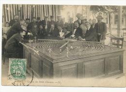 Jeu De Casino  Vichy Le Jeu Des Petits Chevaux LL - Cartes Postales
