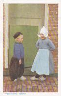 Netherlands Volendam Kinderen Children In Local Costume - Volendam