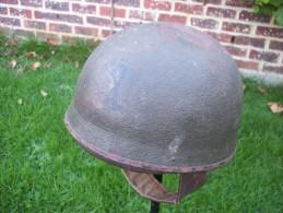 casque anglais dispatch rider � insigne 1942