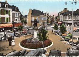 INDRE  - 35 -  ARGENTON SUR CREUSE PLACE DE LA REPUBLIQUE VOITURE ANNÉES 60 4 CV RENAULT 403 PEUGEOT - Autres Communes