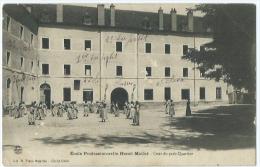 Ecole Professionnelle Henri Mathé (Yzeure 3400) Cours Du Petit Quartier - Otros Municipios