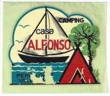 HOTEL RESIDENCIA PENSION HOSTAL CASA ALFONSO CAMPING SPAIN LUGGAGE LABEL ETIQUETTE AUFKLEBER DECAL STICKER MADRID - Hotel Labels