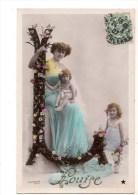 C P A----FANTAISIE--PRENOM   LOUISE----femme Enfants--lettre De L´alphabet  L   ---voir 2 Scans - Prénoms