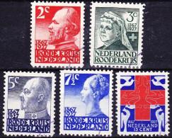 1927 Rode Kruis Zegels NVPH 203 / 207 - 1891-1948 (Wilhelmine)